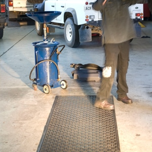 Also's Anti Fatigue mat being used in Garage